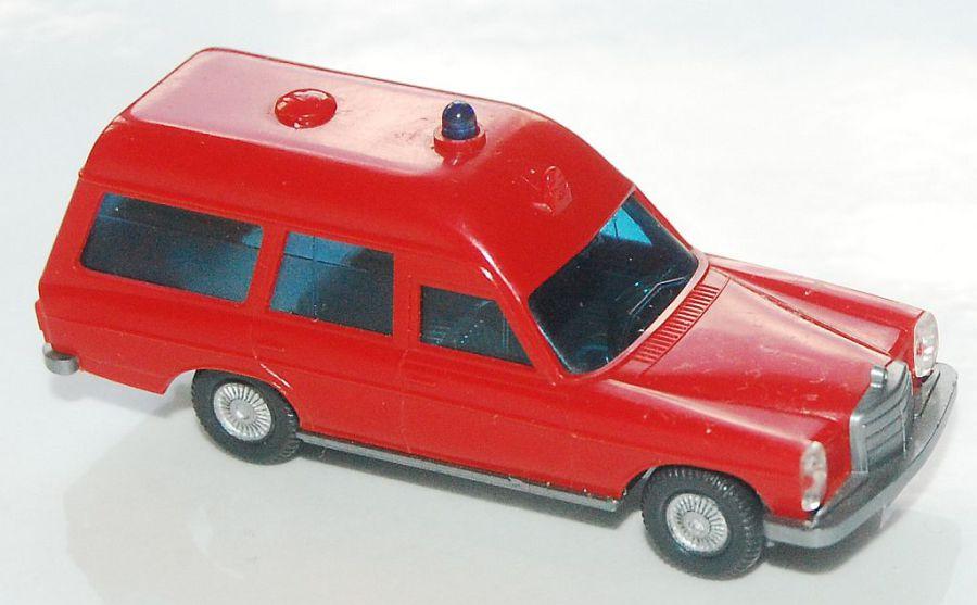 Wiking pkw18 MB 200//8 RDC ambulanza versione senza volante